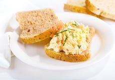 chlebowej wiśni dof jajeczny sałatkowy kanapki płycizny strony pomidorów wholewheat Fotografia Stock