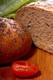 chlebowi czereśniowi pomidory Zdjęcia Stock