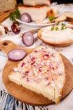 Chlebowy plasterek z okrasą Obraz Stock