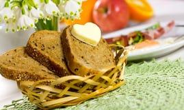 chlebowy serce obrazy stock