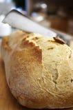 chlebowy tnący nóż Zdjęcia Royalty Free