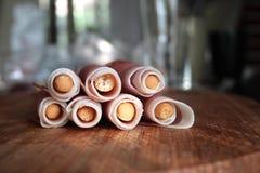 Chlebowych kijów grissini z prosciutto baleronem Obrazy Royalty Free