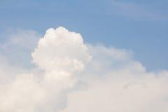 chmura błękitu nieba Zdjęcia Stock