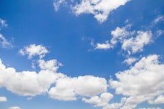 chmura błękitu nieba Obrazy Royalty Free