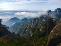 Chmura i góra zdjęcie royalty free