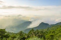 Chmura i góra obrazy royalty free