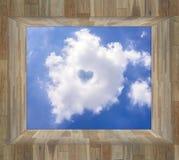 Chmura i niebieskie niebo w drewna pudełku royalty ilustracja
