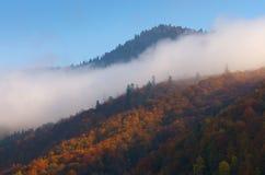 Chmura na zboczu Zdjęcie Stock