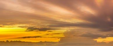 Chmura z lekkim niebem Obraz Royalty Free