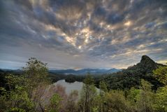 chmurna grobelna nea wschód słońca woda zdjęcia royalty free