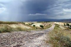 Chmurna i dżdżysta pogoda w górach Zdjęcia Royalty Free
