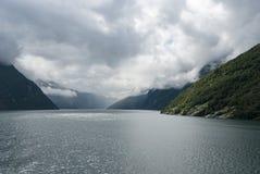 Chmurna pogoda przy Norweskim fjord Obrazy Royalty Free