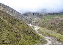 Chmurne góry w Naran Kaghan dolinie, Pakistan Zdjęcie Stock