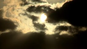 Chmurnego nieba zmierzchu pomarańczowy timelapse zdjęcie wideo