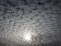Chmurni nieba zima ranek Zdjęcia Royalty Free