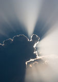 chmurnieje światło słoneczne Obrazy Royalty Free