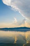 chmurnieje jezioro Zdjęcie Royalty Free