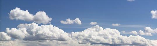 chmurnieje panoramicznego Fotografia Stock