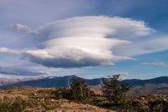 Chmura z fantastycznym kształtem Zdjęcia Royalty Free