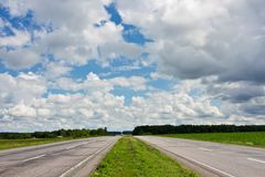 chmurny drogowy niebo Zdjęcie Royalty Free