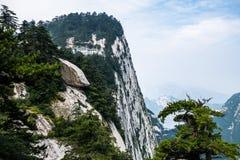 Chmurny dzień na górze Hua w Shaanxi prowinci fotografia royalty free