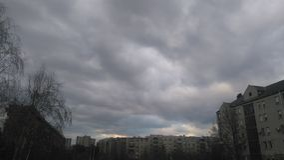 Chmurny dzień w miasteczku Obrazy Stock