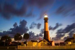 chmurny latarni morskiej noc tybee Obrazy Stock