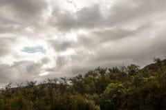 Chmurny niebo nad duktu punktem przy Santa Ynez doliną, Kalifornia, usa fotografia royalty free