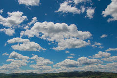 Chmurny niebo nad Umbria, Włochy obrazy royalty free