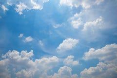 Chmurny niebo w dniu Fotografia Royalty Free