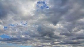 Chmurny niebo w porze deszczowa Zdjęcia Stock