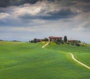Chmurny ranek na wsi w Tuscany Obraz Stock