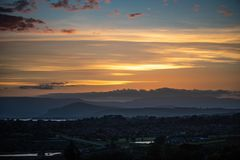 Chmurny złoty zmierzch nad Howick, Południowa Afryka fotografia royalty free