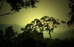 chmury caucasus kształtują obszar gór górskich shurovky ushba nieba Zdjęcie Royalty Free