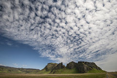 Chmury i góra w Iceland Zdjęcie Royalty Free
