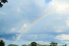 Chmury i tęcza zdjęcie royalty free