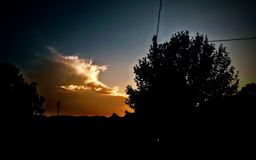 Chmury jarzy się złoto Fotografia Stock