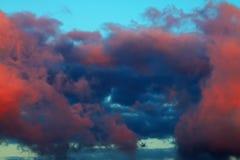 Chmury na niebie Zdjęcia Royalty Free