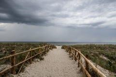 chmury nad burzą drogą morską Zdjęcia Royalty Free