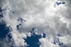 Chmury nad Drakensberge przy Mkhomazi pustkowia terenem Zdjęcia Stock