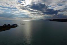 chmury nad jezioro Obraz Royalty Free