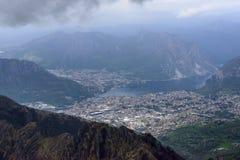 Chmury nad Lecco, Włochy obrazy stock