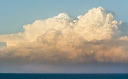 chmury nad morzem Zdjęcia Royalty Free