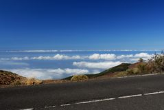 chmury nad transportem drogowym Zdjęcie Royalty Free