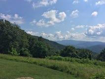 Chmury od linii horyzontu przejażdżki fotografia royalty free