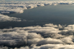 Chmury od wysokości samolot fotografia stock