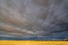 chmury odpowiadają obrazy stock