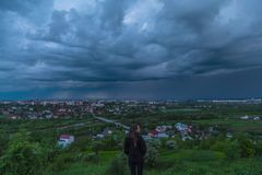 Chmury pod miastem zbiory