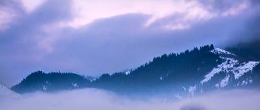 Chmury w Chon-Kemin dolinie Zdjęcia Royalty Free