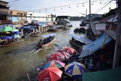 Choas chez Amphawa, rivière de klong de Mae Image stock